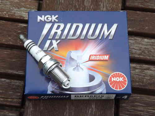 NGK BKR8EIX Spark plugs set of 4