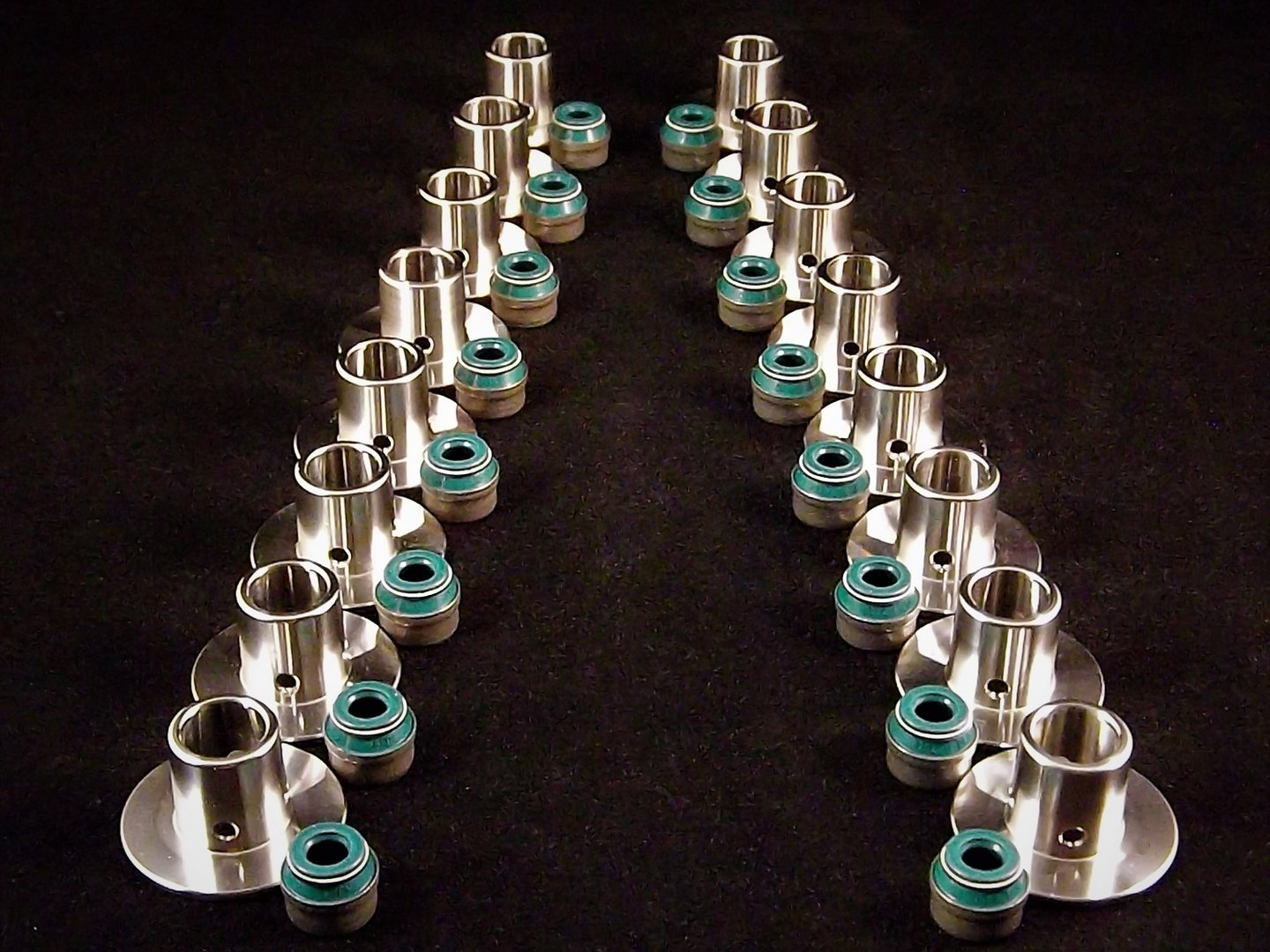 RnD Z20 Retainers, Piper Single springs and Stem Seal Kit